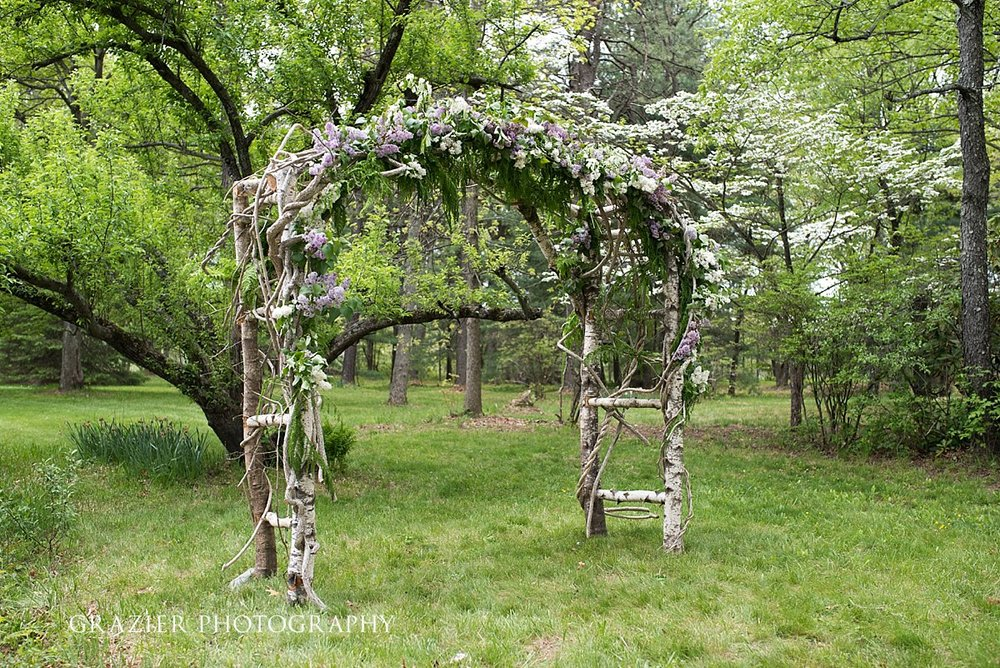 0702_GrazierPhotography_Farm_Wedding_052016.JPG