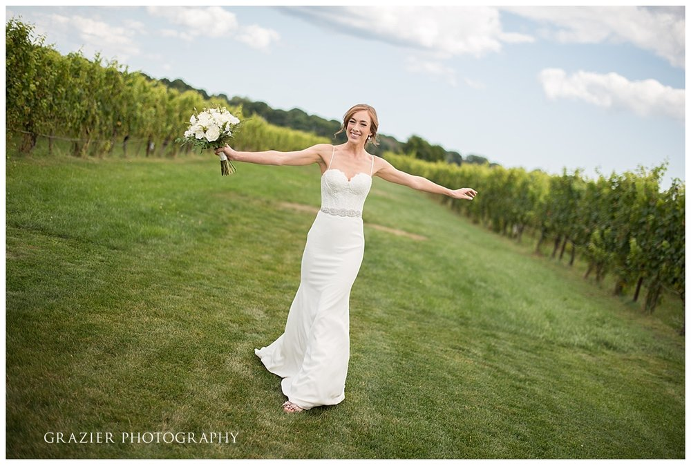 Saltwater Farm Vineyard Wedding Grazier Photography 170825-27_WEB.jpg