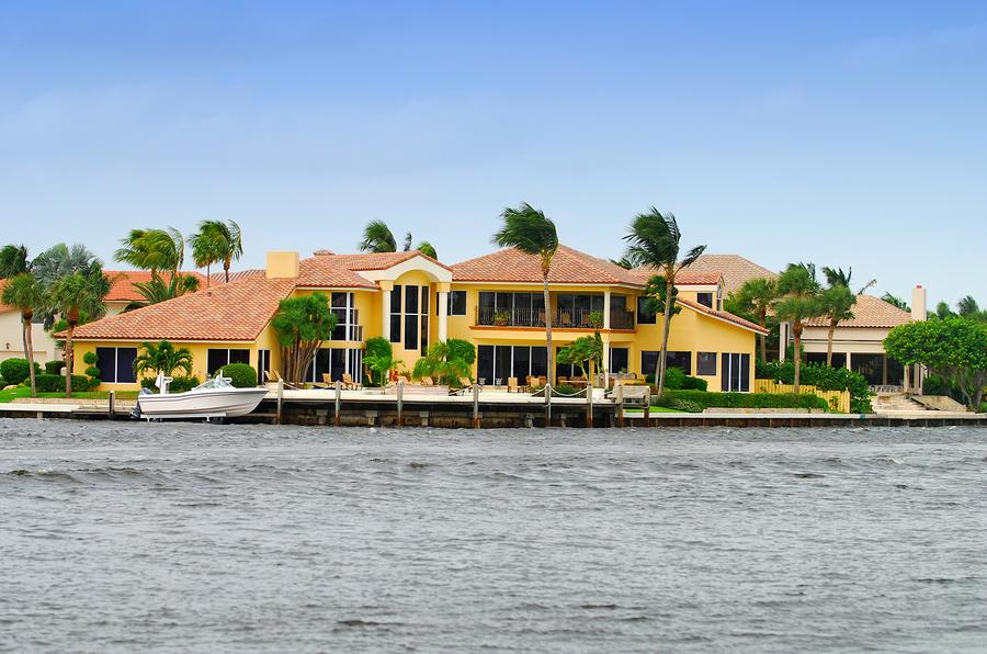 bigstockphoto_Luxury_Waterfront_Home_2197678.jpg