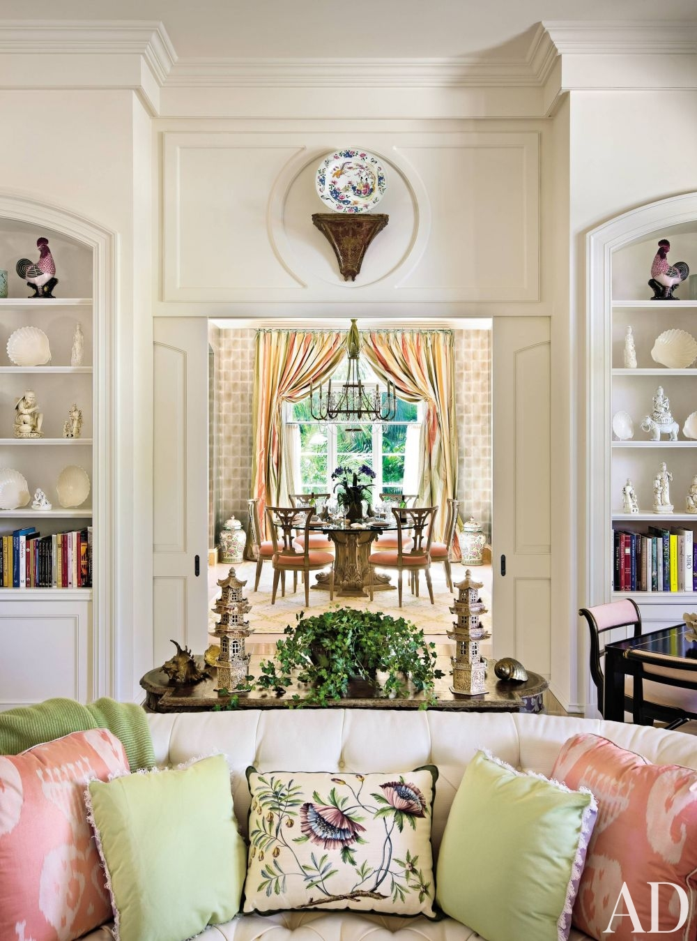 Vibrant Looks Define True Palm Beach Style — INTERIORS by G