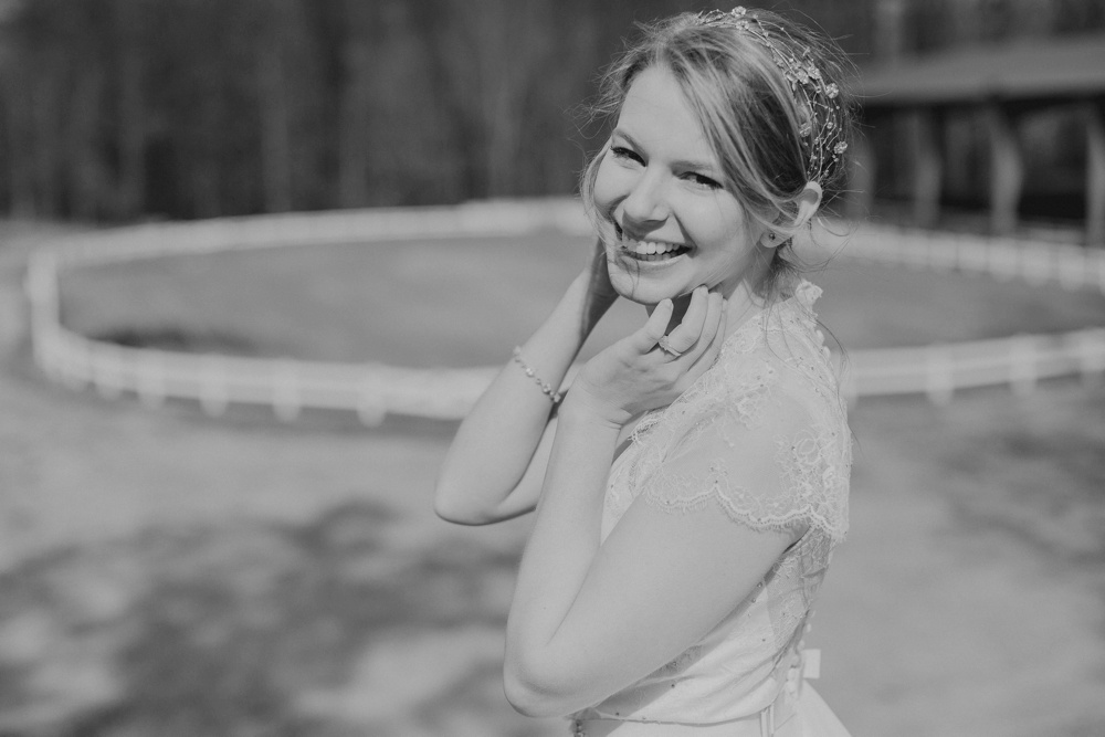 grace_bridal_320_BW_WEB.jpg