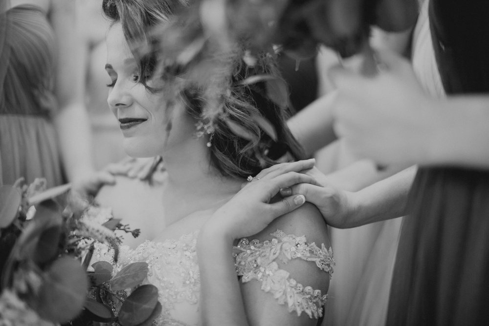 best-dallas-wedding-photographer-017.jpg