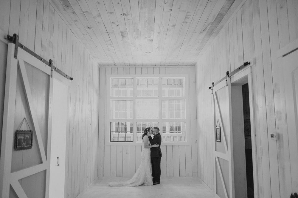 best-dallas-wedding-photographer-059.jpg