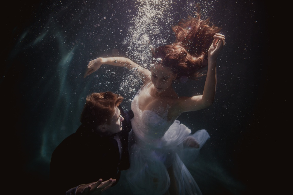 underwater engagement session 09.jpg