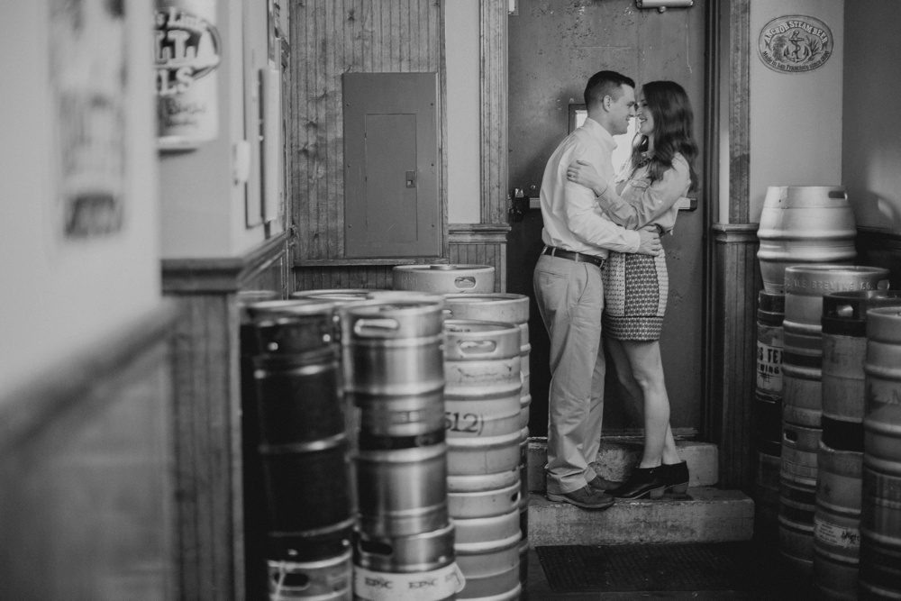 pub engagement session 06.jpg