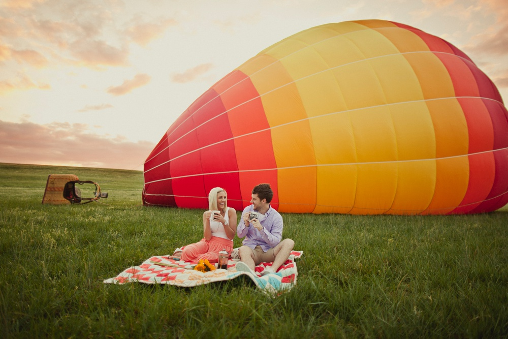 hot air balloon engagement session 15.jpg