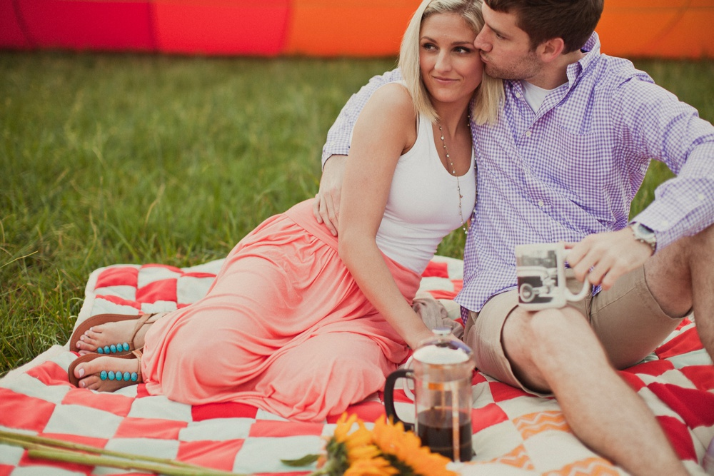 hot air balloon engagement session 17.jpg