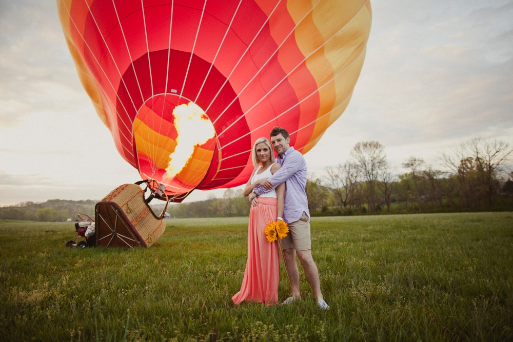 hot air balloon engagement session 21.jpg