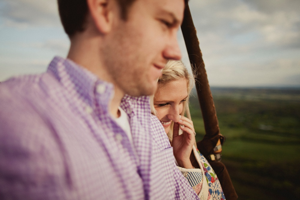 hot air balloon engagement session 28.jpg