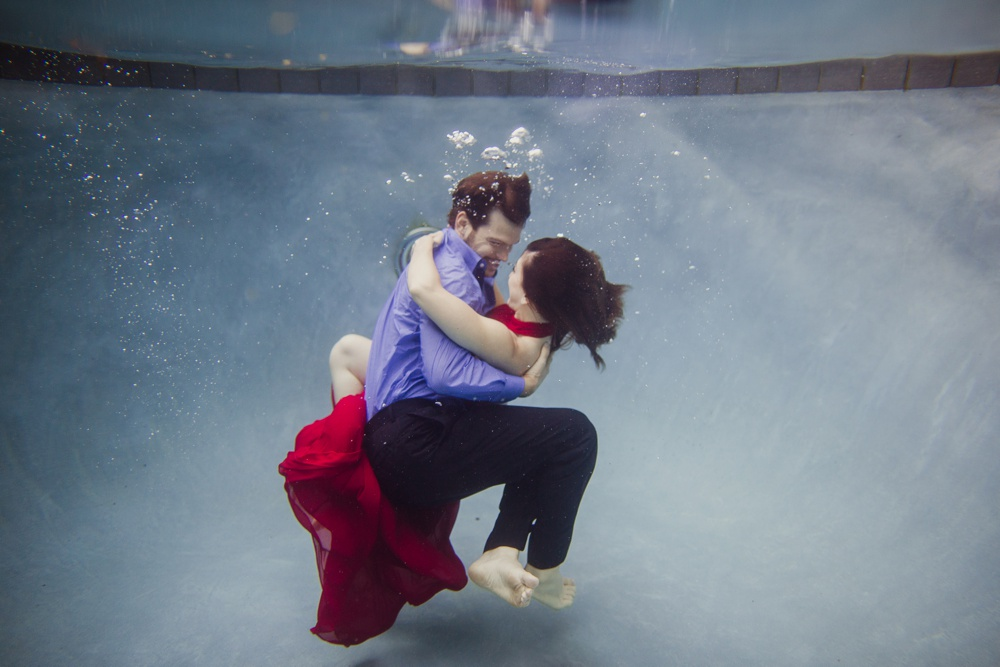 underwater wedding photographer dallas 05.jpg