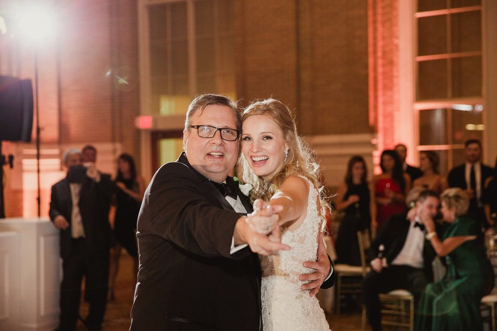 union station dallas wedding photographer 118.jpg