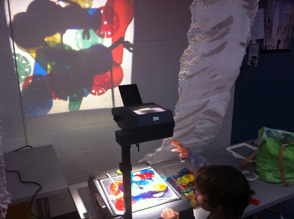 The overhead projector in our Find & Seek Materials Lab. We love comparing notes with other early childhood programs all over the world that are similarly interested in exploring LIGHT with children. We'll do some blog posts about those kindred spirits, soon . . .