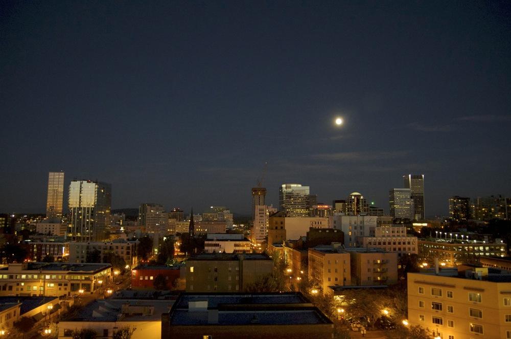 Portland Moonrise.jpg