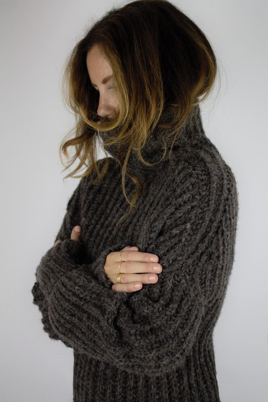 humanoid-sweater.jpg