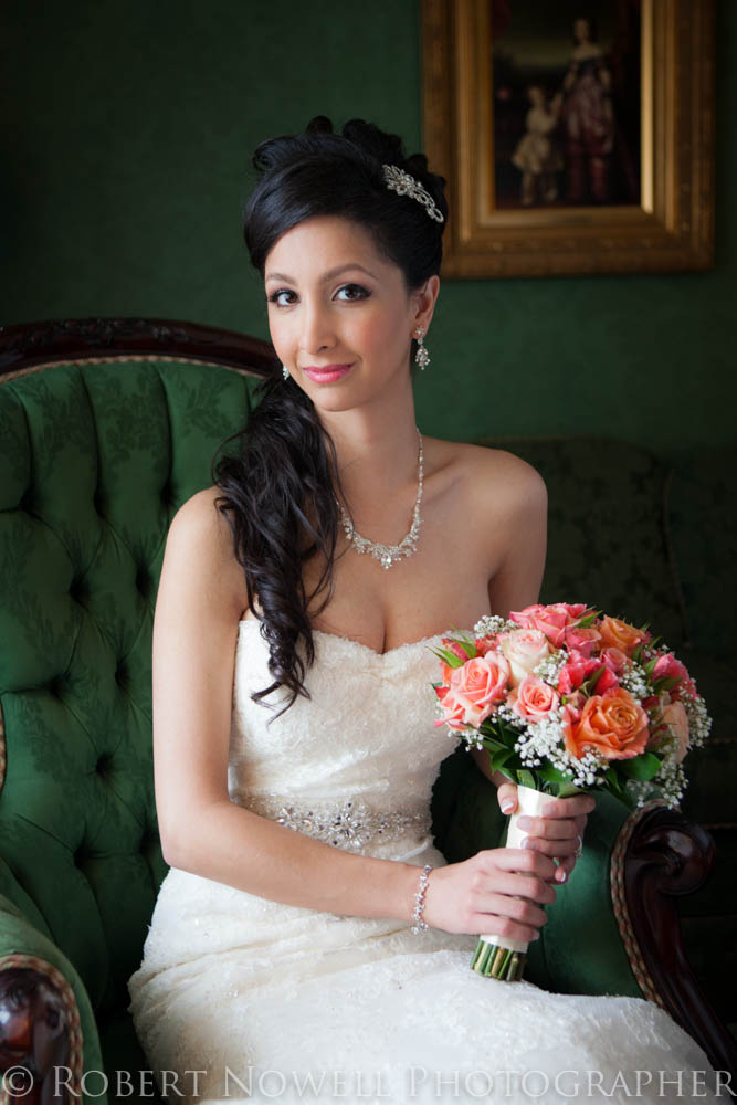 gorgeous bride, Prince of Wales Hotel, Niagara on the Lake