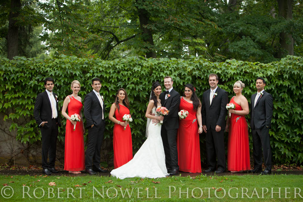 wedding party in Niagara on the Lake