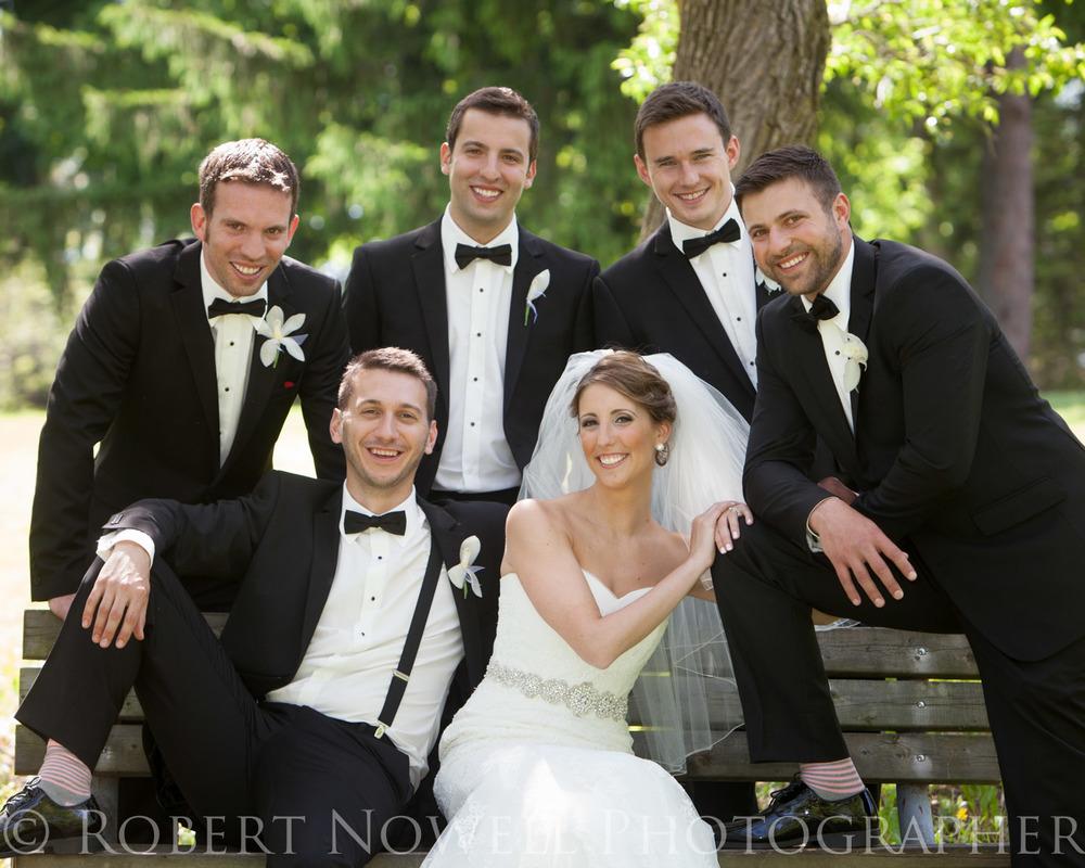 Bride and groomsmen Wedding in Welland photography