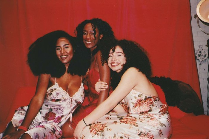 Blossom (center) with backup singers Janae Ball (left) and Erika Nathanielsz-Bowden (right).   Photo by Portland photographer Lisa Pardo.