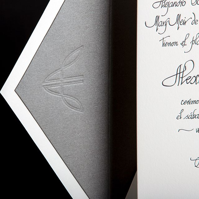 The devil is in the details. Yes, people do notice. 🙌🏼 #weddingwednesday :: We are a design and paper studio located in #littlerivermiami specializing in #letterpress, #foil, #digitalprinting and #lasercutting. Proudly offering #specialtyprinting and #customdesign for #weddinginvitations, #dayofstationery, #corporateevents and so much more for our amazing clients in #Miami and #beyond 📷 : @davidgonzalezphotographer