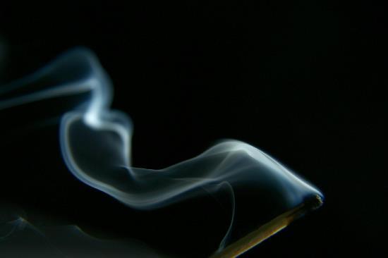 match_smoke_strobe_1224980_h.jpg