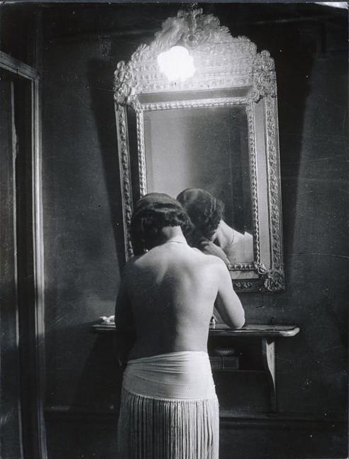 Brassaï   Chez 'Suzy' , 1931-32  Musée National d'Art Moderne, Centre Pompidou, Paris