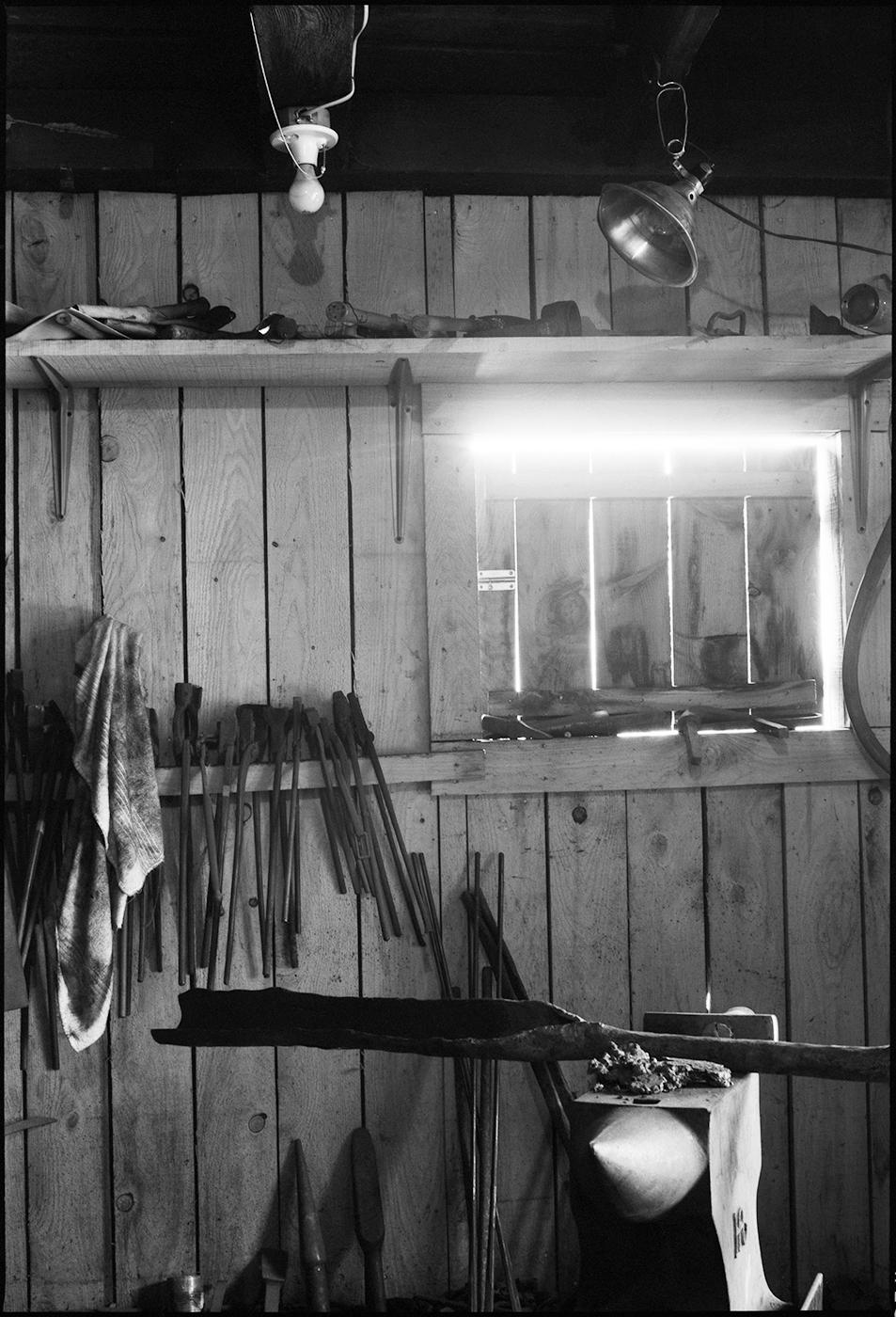metalsmithing-vert2.jpg