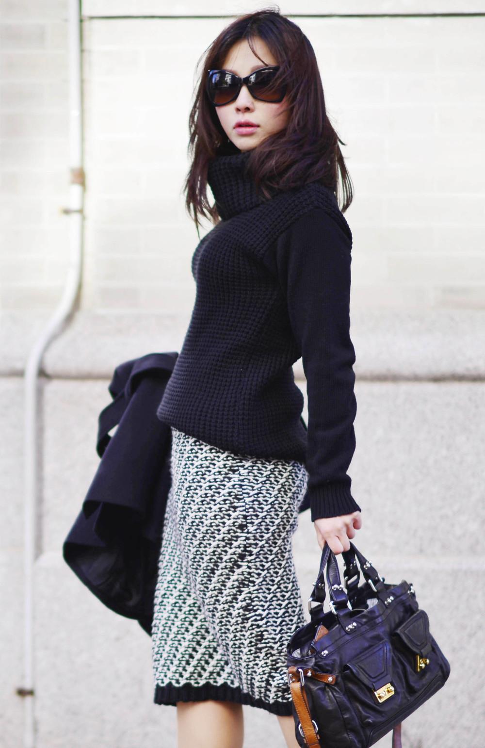 knit over knit.JPG