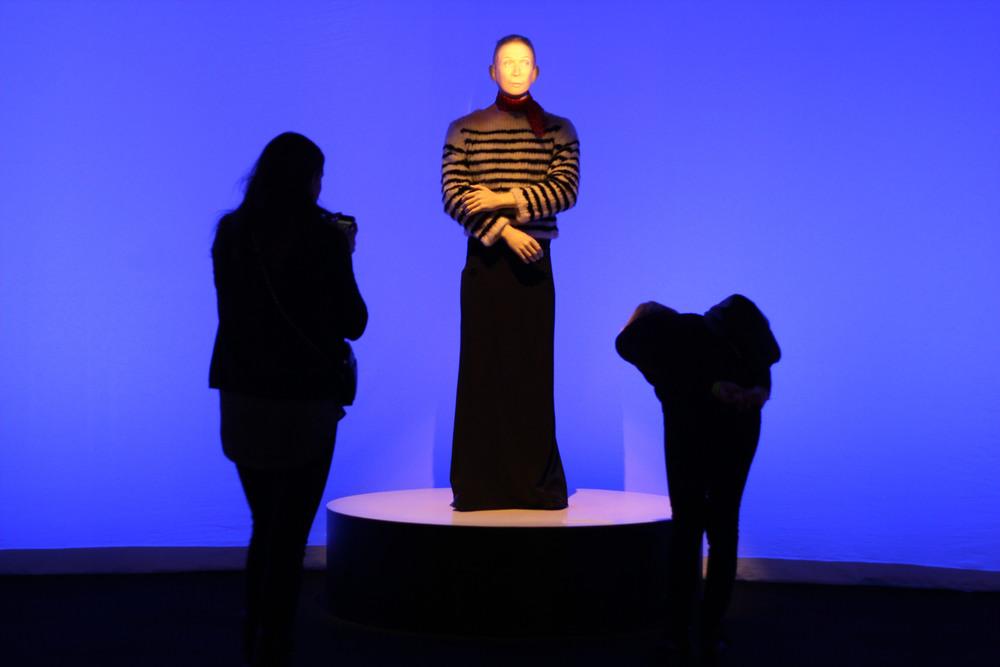 Gaultier statue.JPG