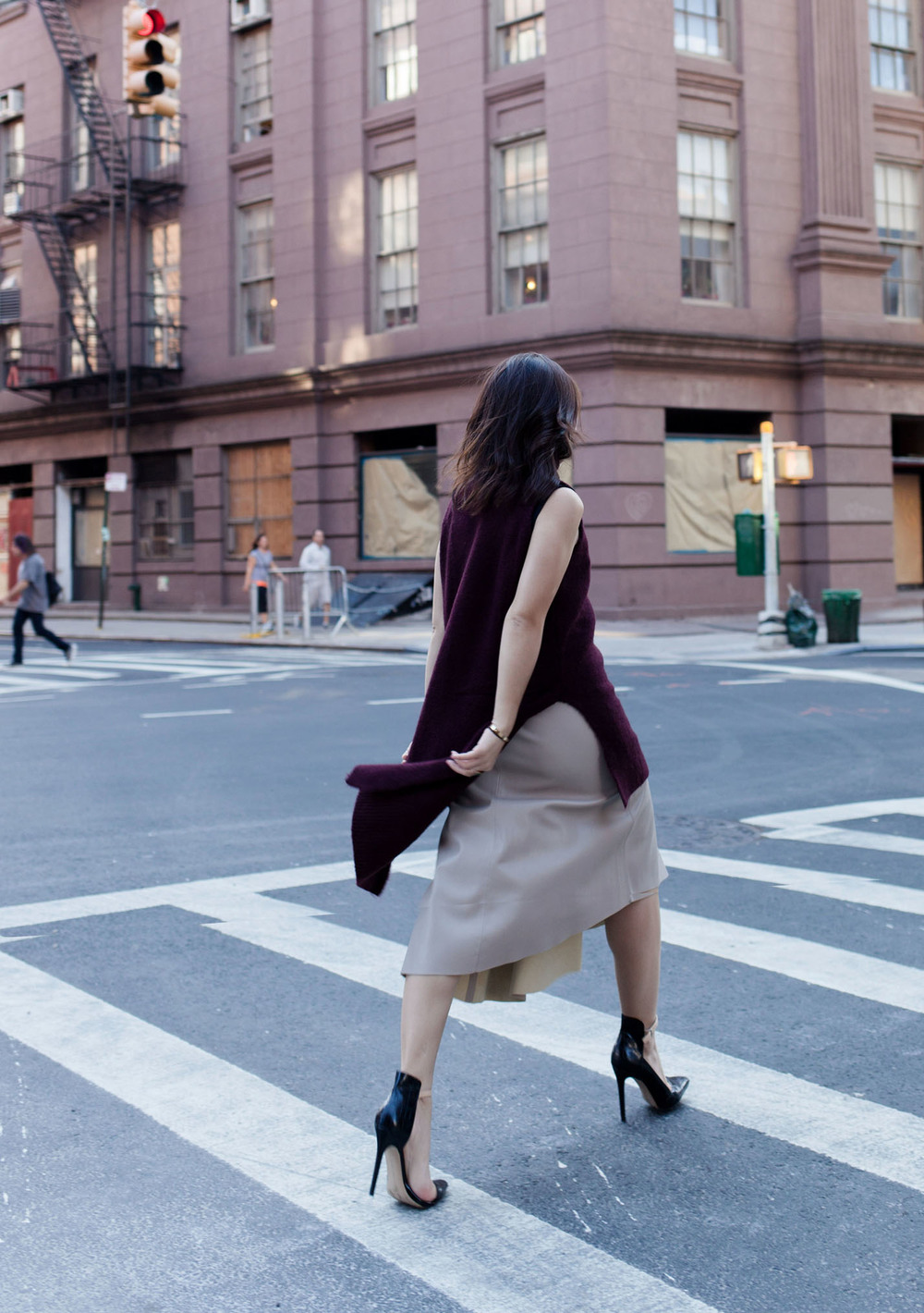 {OUTFIT} SWEATER AND SKIRT COMBINATION FOR FALL IN NEW PROPORTION