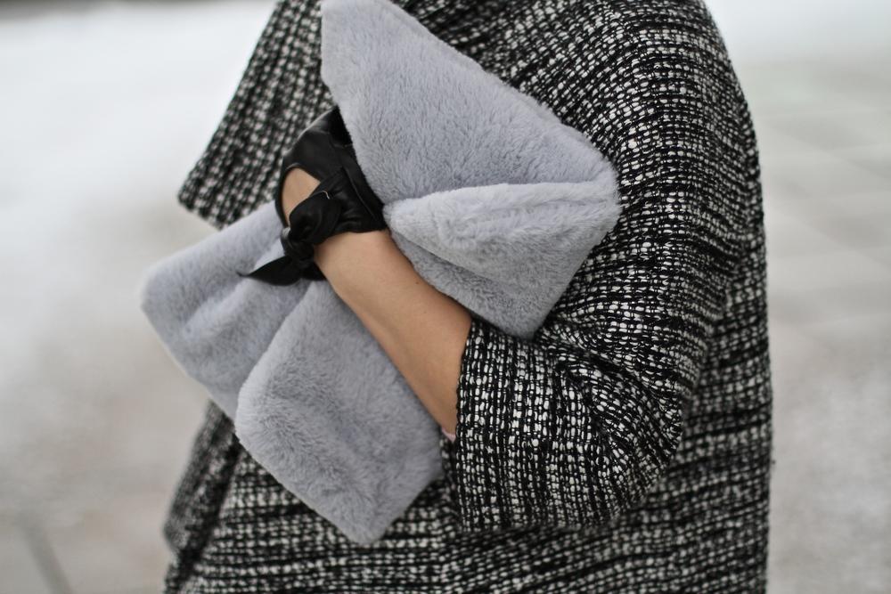 rosalina pong coat daylook4.JPG