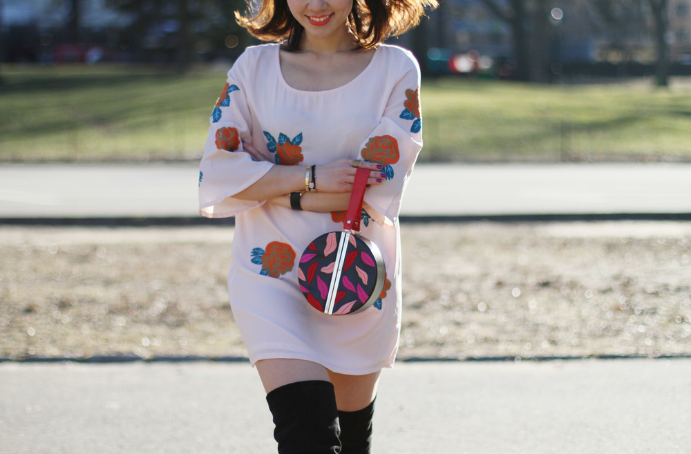 circle clutch outfit5.JPG