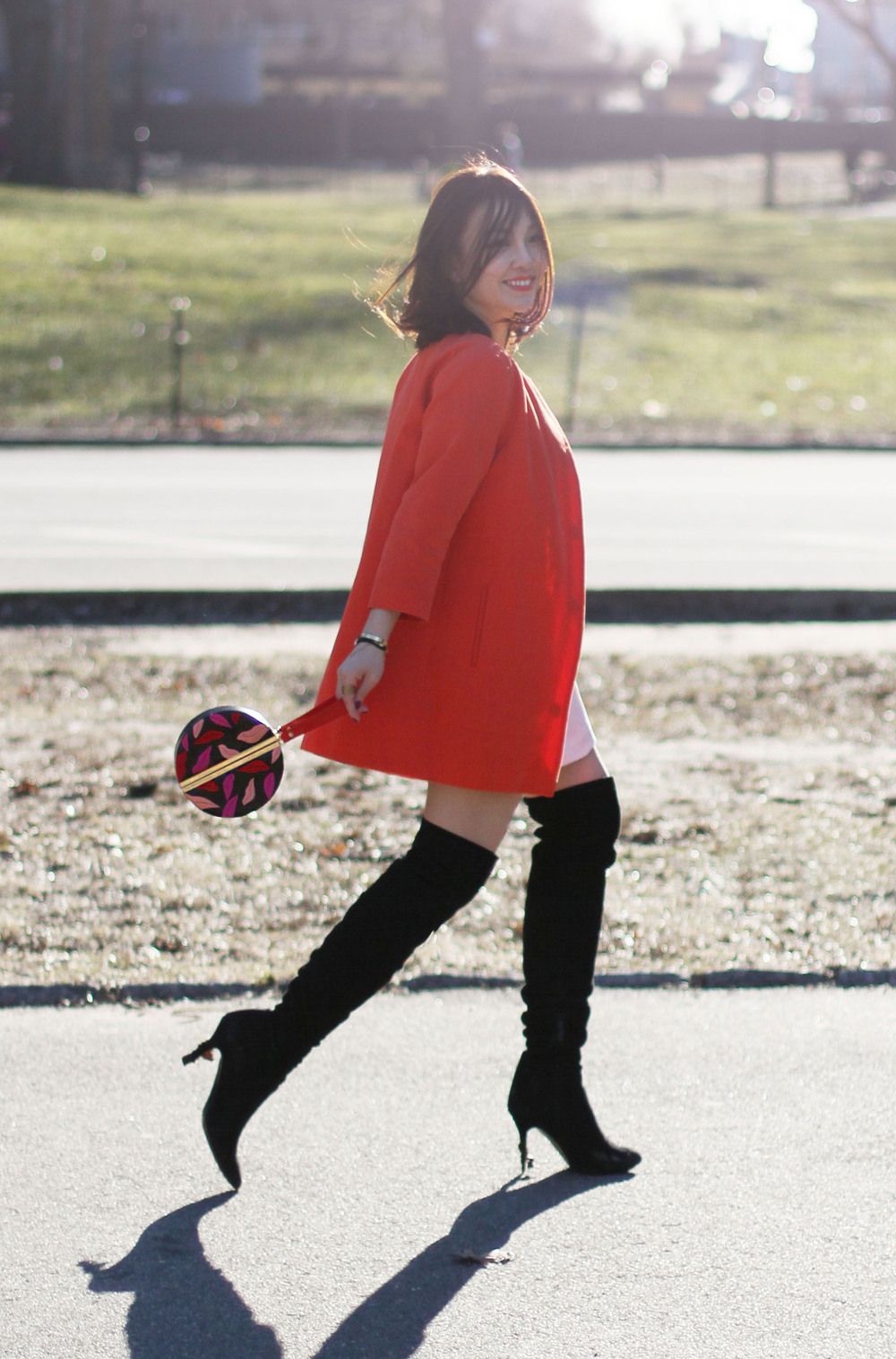 circle clutch outfit8.jpg