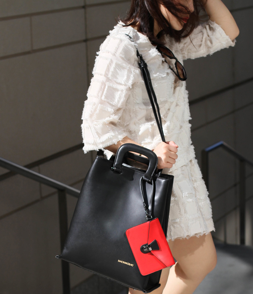 great leather tote.jpg