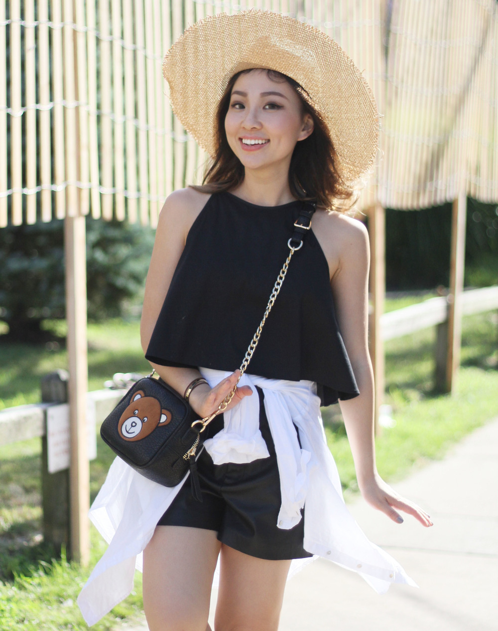 black and white summer outfit 3.jpg