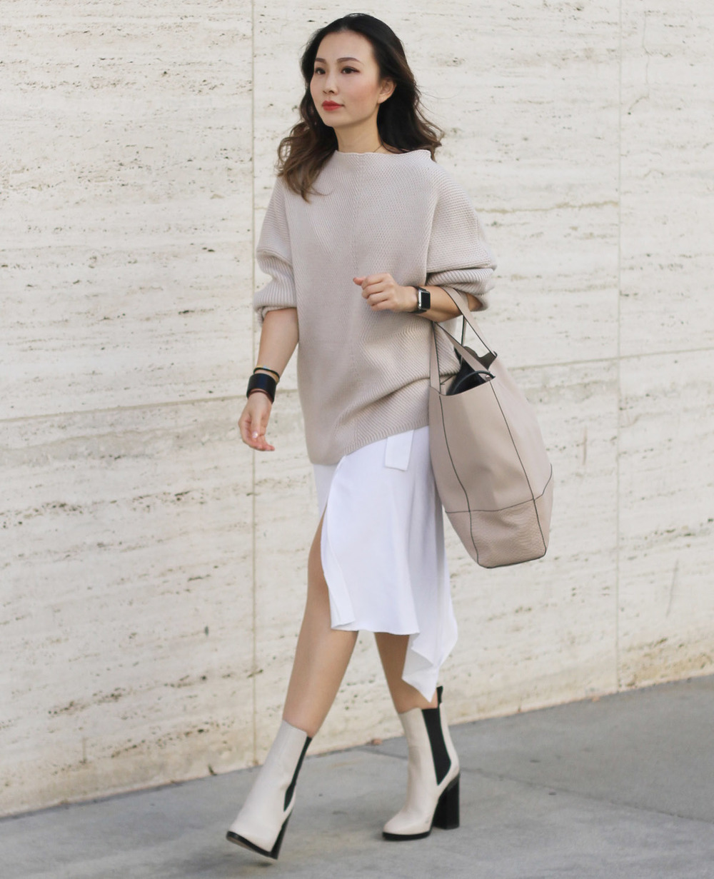 dust pink oversized sweater styling.jpg