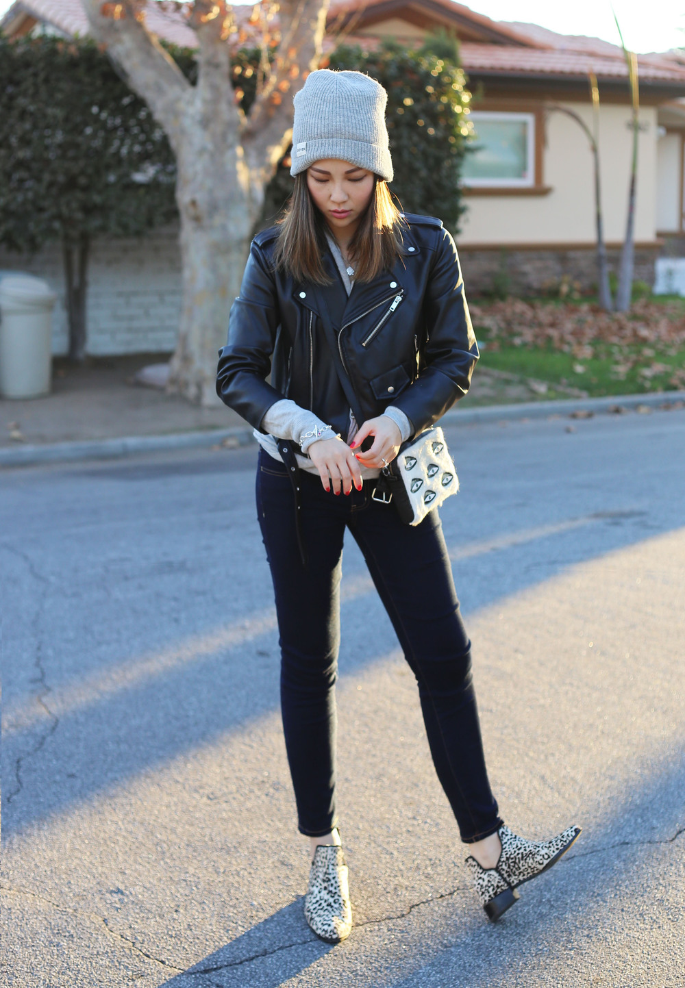 leather jacket outfit 7.jpg