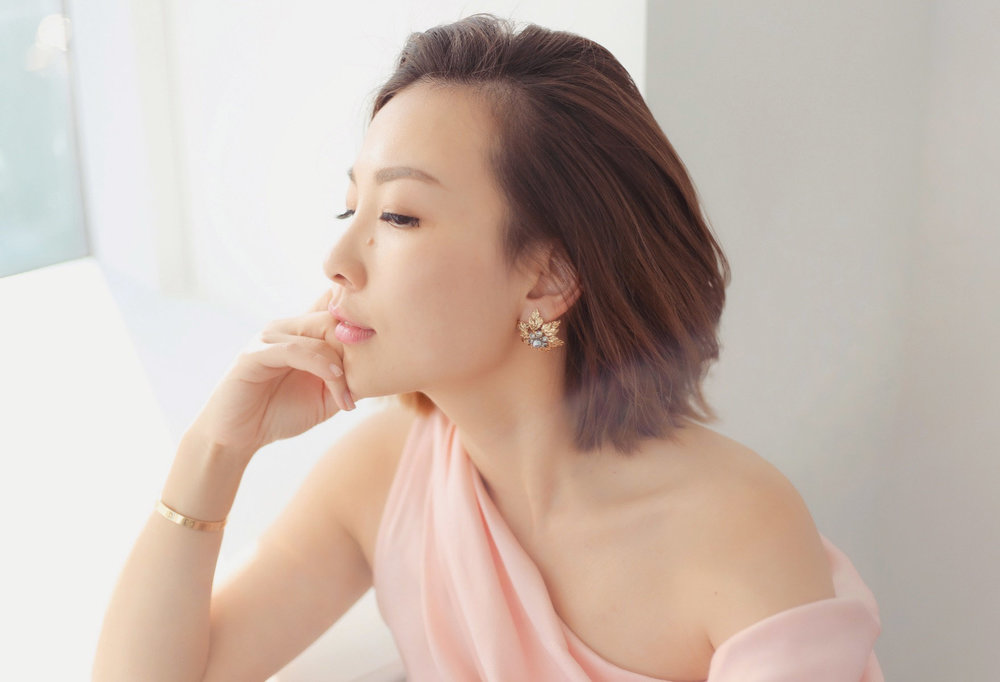 maggie wu lousie cllip on earrings 2.JPG