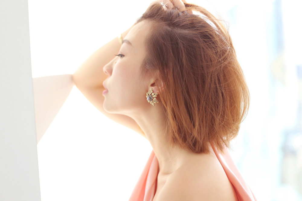 maggie wu lousie cllip on earrings 4.jpg