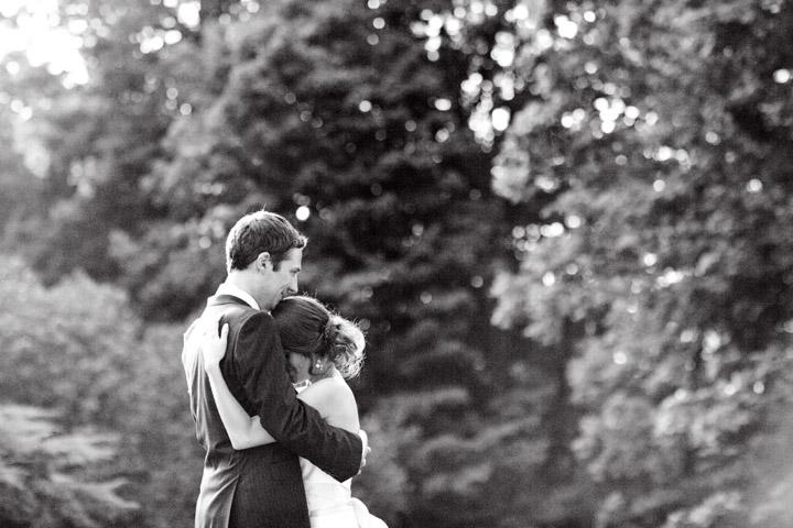 four+mounds+dubuque+Iowa+wedding40.jpg
