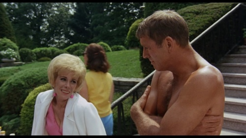 Joan and Burt in  The Swimmer