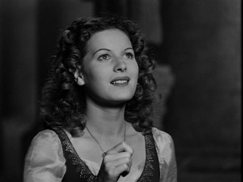 Maureen in The Hunchback of Notre Dame (1939)