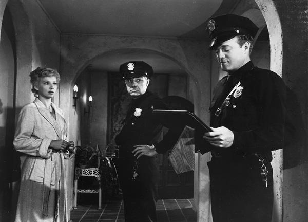(From left) Evelyn Keyes, John Maxwell, Van Heflin