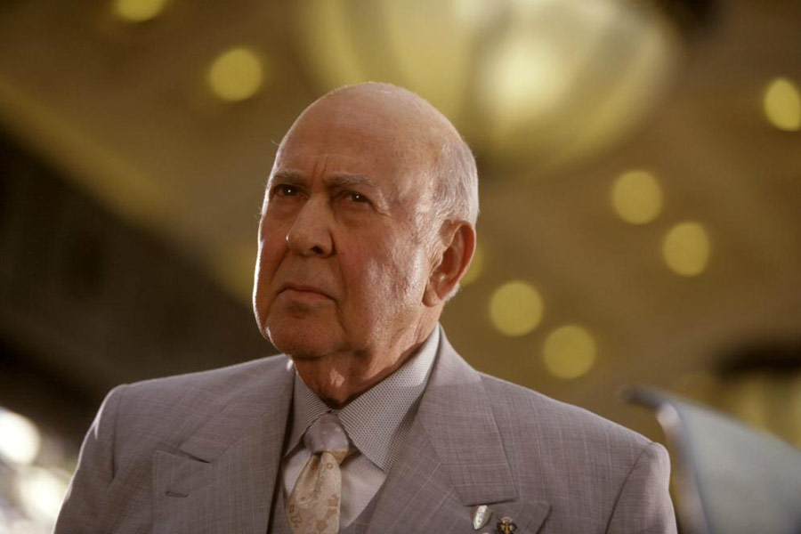 Carl Reiner as Saul Bloom in  Ocean's Eleven  (2001)