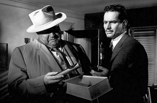 (From left) Orson Welles, Charlton Heston