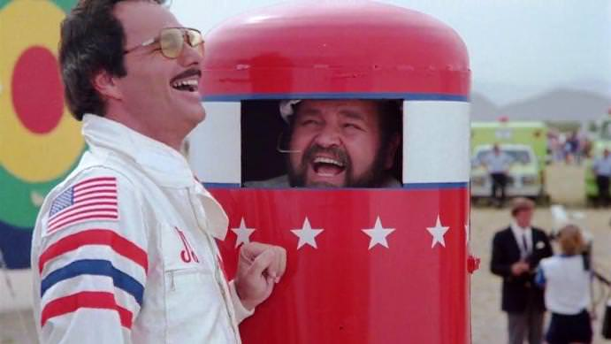 Burt Reynolds and Dom DeLuise in CANNONBALL RUN II