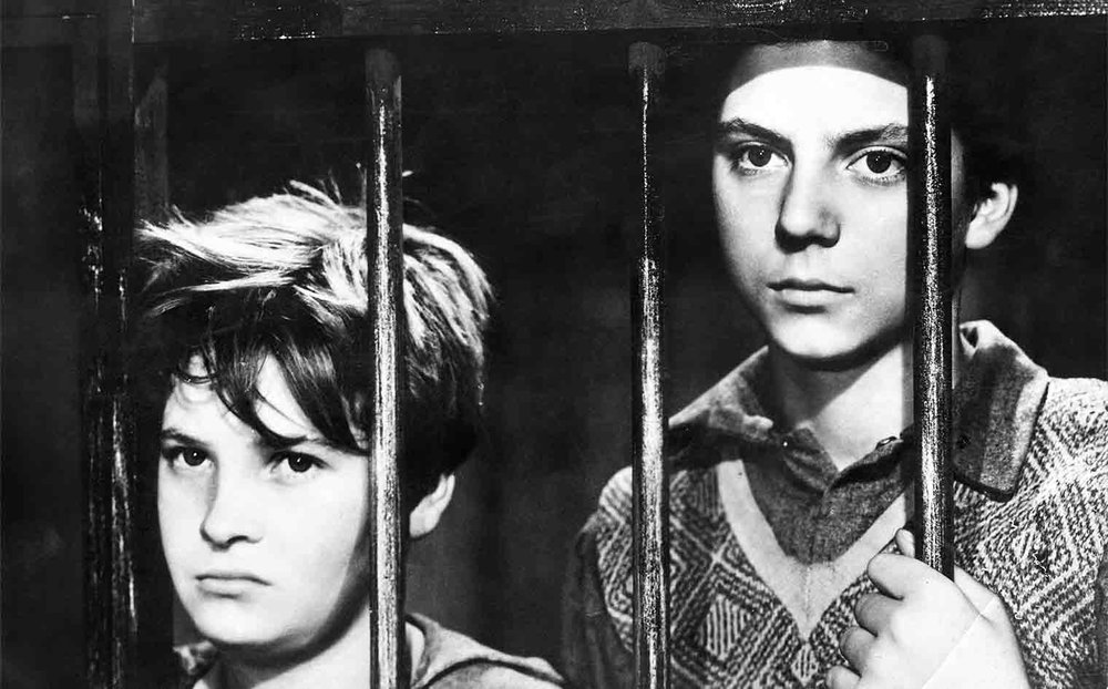 251. Shoeshine (1946)