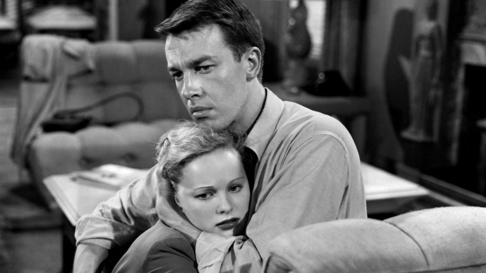 John Dall and Peggy Cummins
