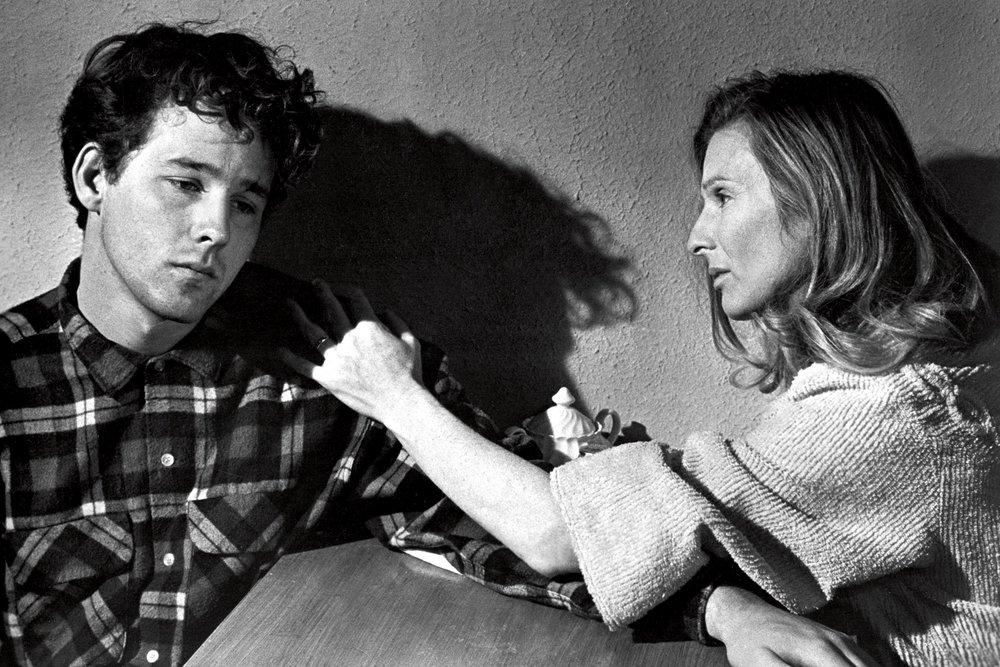 Timothy Bottoms, Cloris Leachman