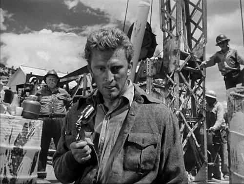 Kirk Douglas, Frank Jaquet (at left in background)