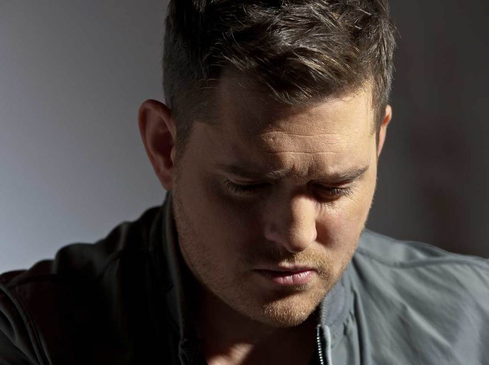 "Michael Buble listens to Donny Hathaway - ""A Song for You""                            2/2"